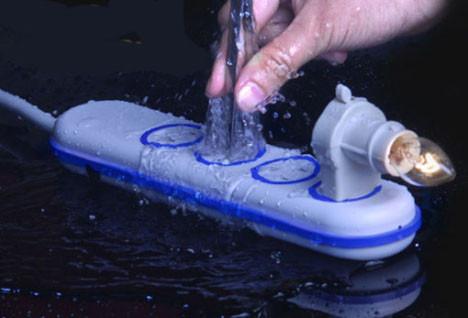 В компании Wet Circuits разработан водонепроницаемый удлинитель