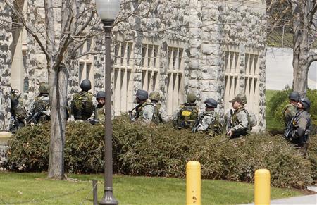 Фото Reuters: Стрельба в  Blacksburg (штат Virginia, США)