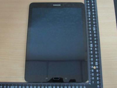 Всети появились фото нового планшета Самсунг Galaxy Tab S3