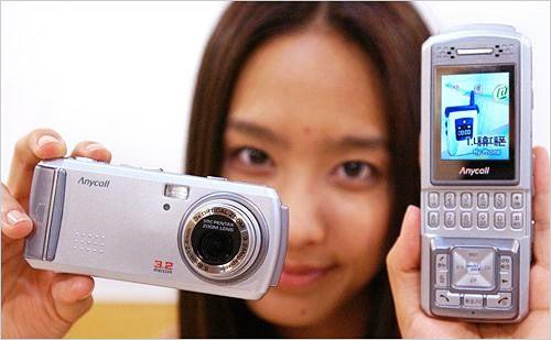 Samsung SPH-2300 - камерафон с 3-мегапиксельной матрицей
