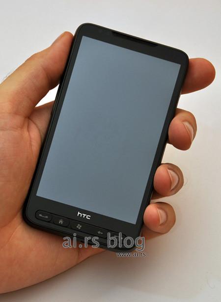 смартфон HTC Leo