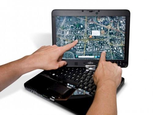 Fujitsu представила бюджетный планшетный ноутбук TH700 с поддержкой multi-touch