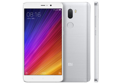 Huawei занял первое место нарынке телефонов в КНР