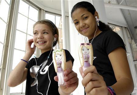 Плеер Barbie для девочек (фотографии Reuters)
