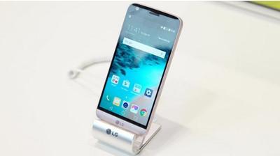 ВСеть слили «живые» фото телефона Самсунг Galaxy A8+